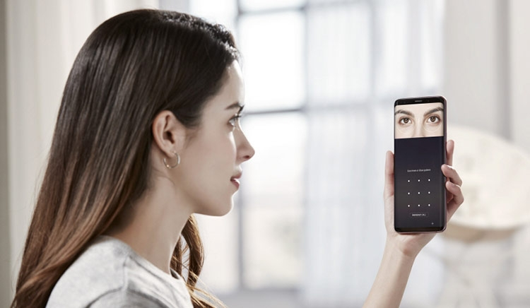 Samsung Galaxy S9: особенности улучшенной камеры Samsung  - galaxy-s9-l-s9-biometric-authentication_40436908892_o