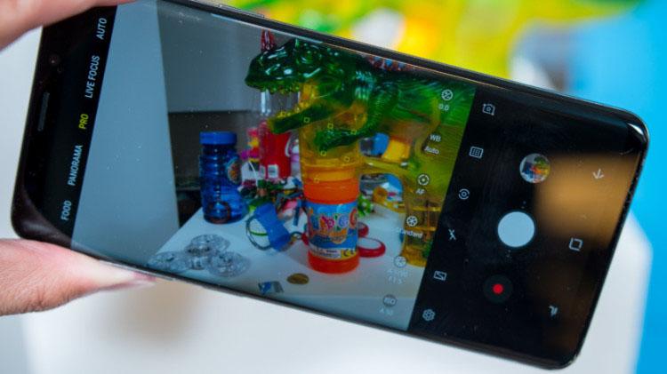 Galaxy S9 и S9+ официально представлена Samsung. Новые подробности Samsung  - 4-1.-750-1