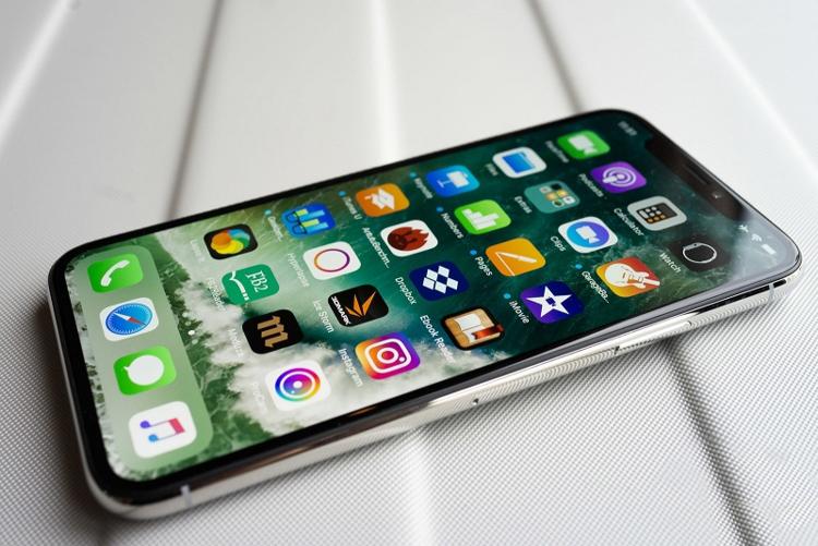 Роскачество выявило какие смартфоны самые устойчивые к воде Гаджеты  - 02