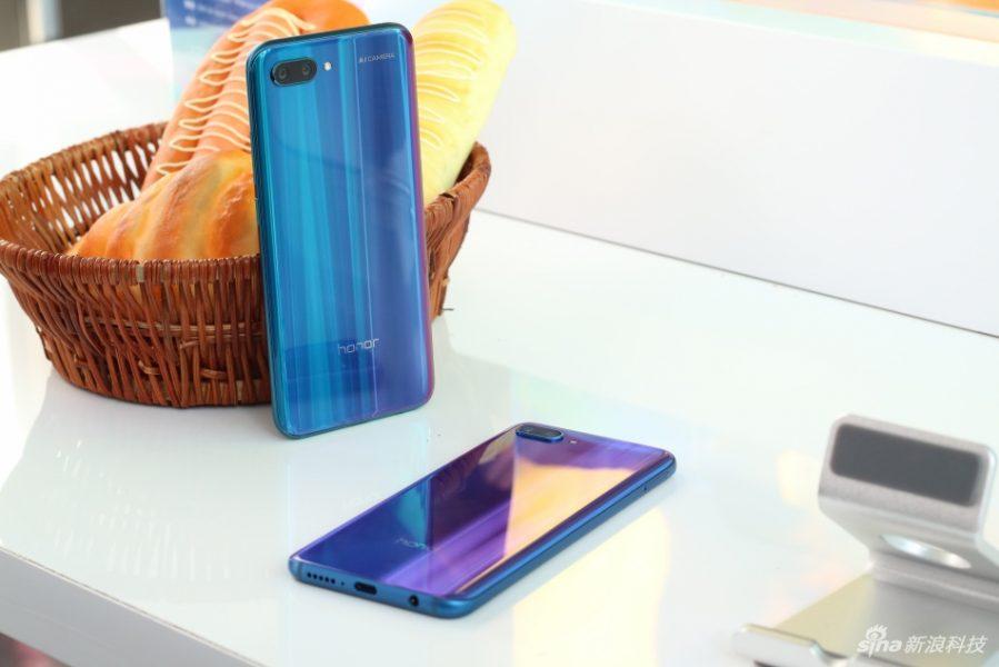 Анонс Huawei Honor 10: самый мощный переливающиеся смартфон Huawei  - 8ie2-fzihneq0236717