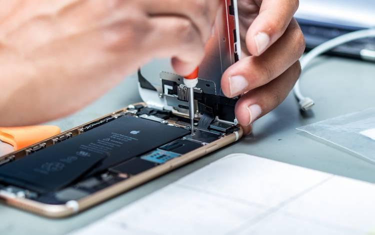 Какие смартфоны чаще подвергаются ремонту Другие устройства  - Apple-Doctor_6.-750