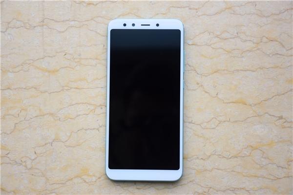 Анонс Xiaomi Mi 6X: яркое решение с умными камерами Xiaomi  - s_f88f05f91f6d475fbc5ab6d5b709d6dc