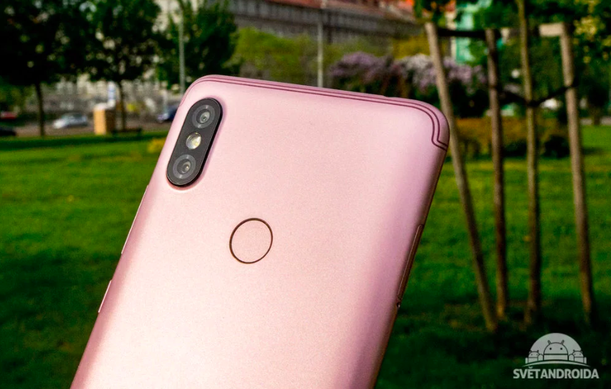 Xiaomi развивает свои стриминговые сервисы. Дата анонса Xiaomi Redmi S2 Xiaomi  - Snimok_ekrana_2018-05-03_v_20.26.27