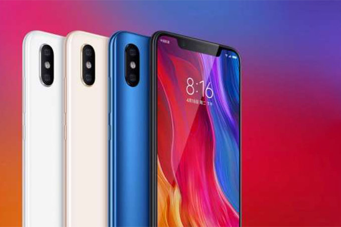 Xiaomi показала свой новый Mi Band 3 и клон iPhone X Xiaomi  - Xiaomi-Mi-8-Mi-8-SE-and-Mi-8-Explorer-Edition-are-official-Top-of-the-line-hardware-affordable-pricing