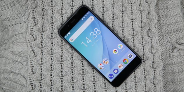 Обзор Xiaomi Mi A1: смартфон с чистой Android Xiaomi  - xia-1_1511861563-630x315