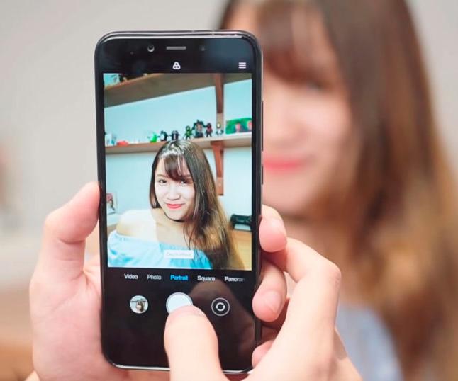 Обзор Xiaomi Mi 6X - новый смартфон с вертикальной камерой Xiaomi  - xiaomi-mi-6x-foto-13-1024x538