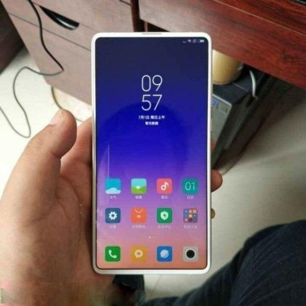 Свежие фото нового Xiaomi Mi Mix 3 в черной и белой расцветке Xiaomi  - img_20180707_120138_640x640