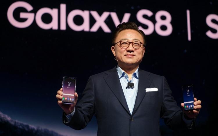 Релиз Galaxy S10 перенесен. Что будет дальше? Samsung  - s8-6.-750