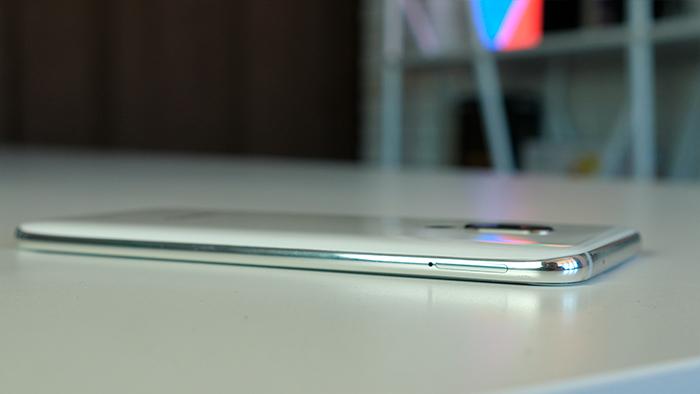 Обзор Meizu 16th: лучший гаджет со сканером в дисплее? Meizu  - 004Meizu_16th_