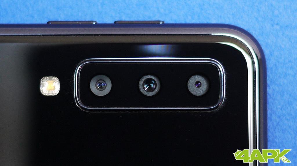 Обзор Samsung Galaxy A7 2018: середнячок с непростой камерой Samsung  - 7tsu-1