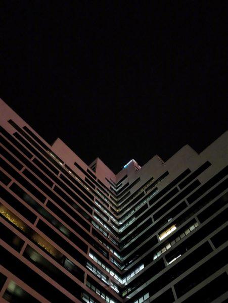 Появились ночные снимки на камеру OnePlus 6T Другие устройства  - s_3026a44dae4b472d93f26378e734320f