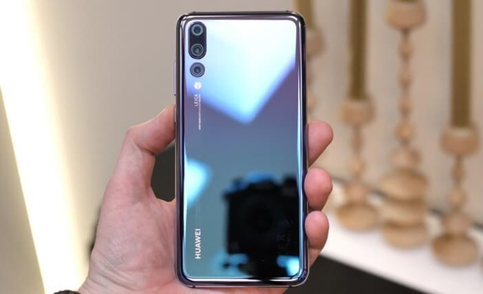 Отличия гаджетов Huawei: Mate 20 против Mate 20 Pro, P20 и P20 Pro Huawei  - P20-Pro-in-hand
