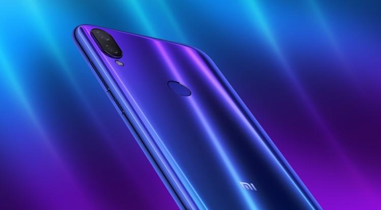 Старт продаж в России недорогого Xiaomi Mi Play Xiaomi  - sm.PLAY-.750-1