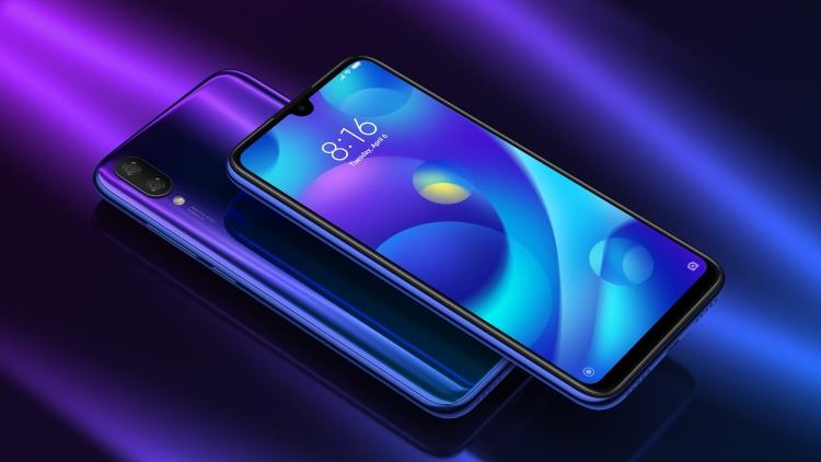 Старт продаж в России недорогого Xiaomi Mi Play Xiaomi  - sm.PLAY-.750