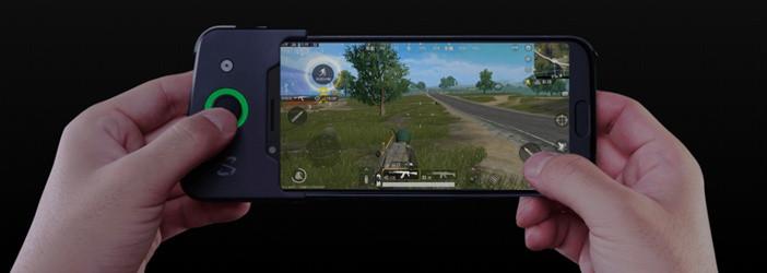 Xiaomi: все модели начиная от недорогих до флагманов Xiaomi  - Black-Shark-controller