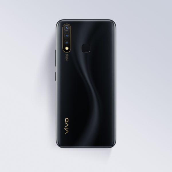 Vivo выпустит в России смартфон Y19 Другие устройства  - sm.Y19_backblack.750