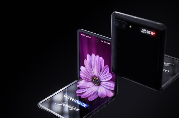 Samsung Galaxy Z Flip с гибким экраном. Рендеры Samsung  - flip7