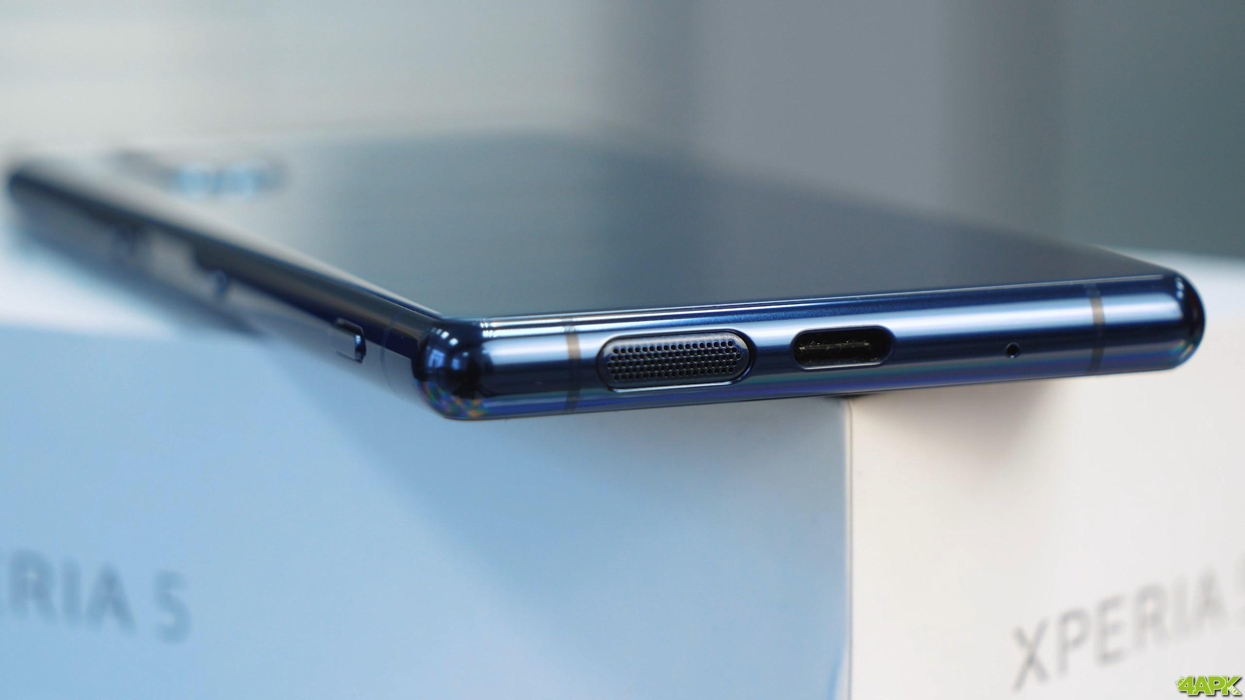 Обзор Sony Xperia 5: компактный смартфон с большим экраном Другие устройства  - obzor_sony_xperia_5_kompakt_s_bolshim_ekranom_picture50_0