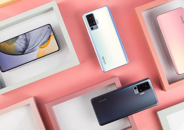 Смартфоны серии Vivo X50 выйдут уже в июле Другие устройства  - 4444