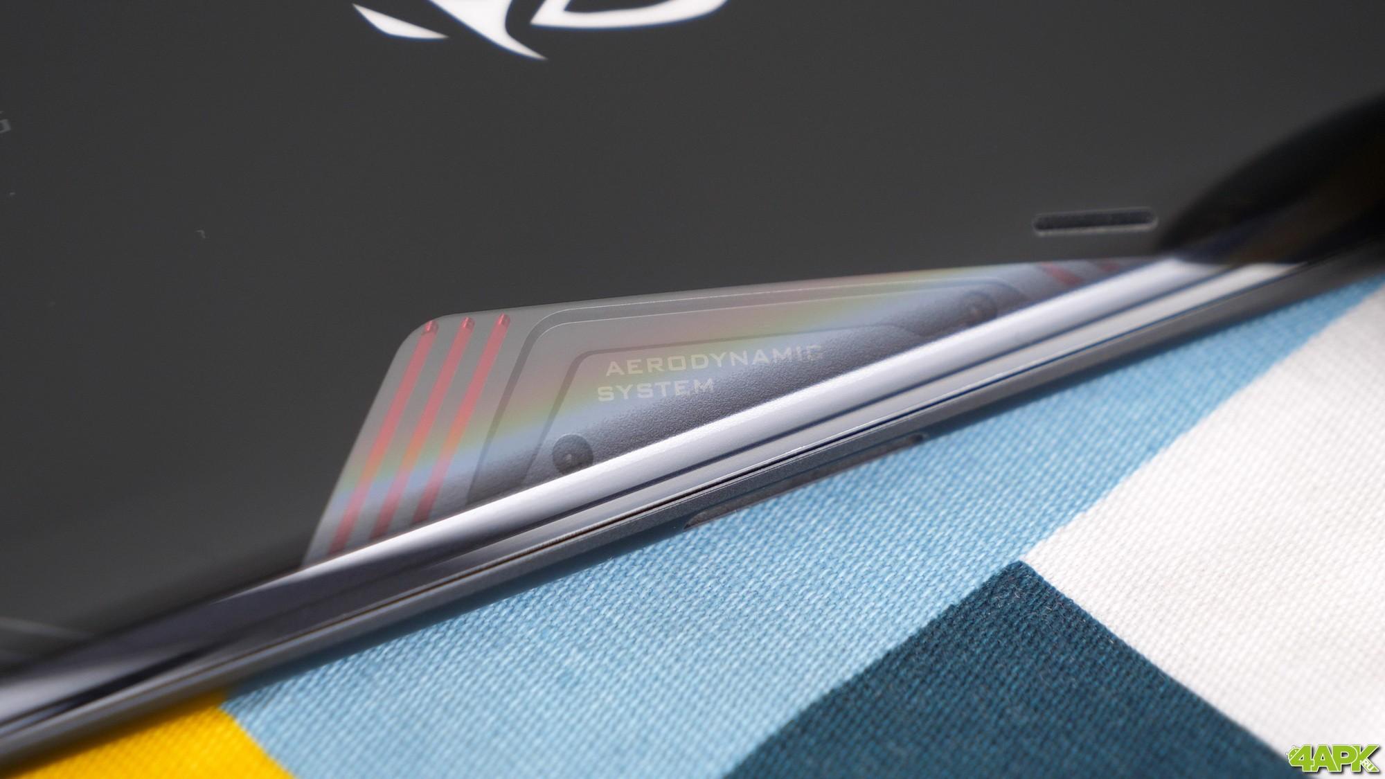 Обзор ASUS ROG Phone 3: топовый смартфон для игр Другие устройства  - obzor_asus_rog_phone_3_luchshij_igrovoj_smartfon_20206_picture6_0