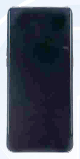 OPPO Find X3 засветился на живых фото Другие устройства  - iphone_12_ty_li_eto_oppo_find_x3_pokazalsa_na_zhivyh_foto_1