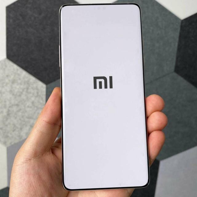Xiaomi Mi Mix 4: характеристики и возможная дата анонса Xiaomi  - Xiaomi_Mi_Mix_4_19.07